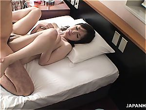 dude shares his japanese girlfriend