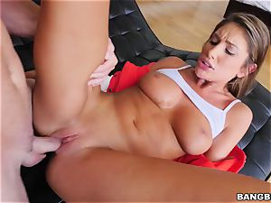 OMFG! I saw my sister August Ames fingering her cooter, and I want to boink her