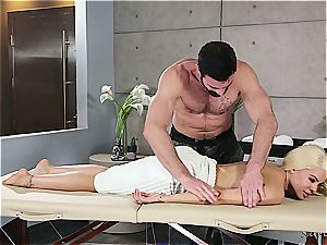 Married platinum-blonde bombshell getting nasty by a muscled masseur
