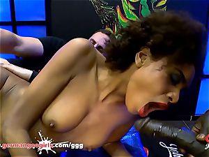 black stunner Luna Corazon likes seed - German Goo girls