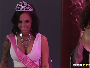Brandy Aniston and Abigail Mac lesbo hook-up display