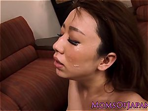 chinese mommy spitroasted in three way