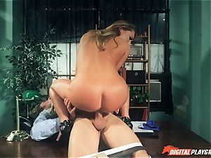 Carter Cruise screwed rock hard over the table