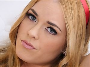 bare onanism with ginger-haired Bailey Rayne