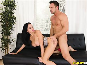 Victoria June picked up by strung up Johnny and pulverized in her jummy vag