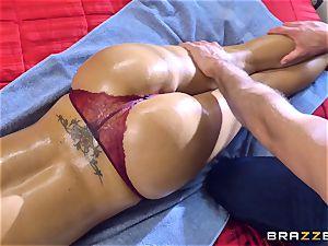 Nina Elle stiffy tucked by Sean Lawless