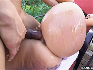 Victoria Banxxx plumbed by a rock stiff dick