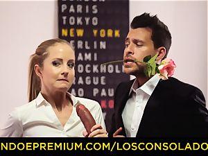 LOS CONSOLADORES - Spicy 3 fun with steamy Tina Kay