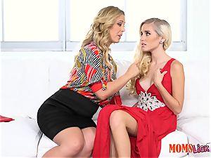 slit pie stepmom tempts her stepdaughter Naomi forest & Cherie Deville