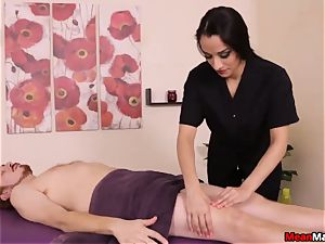 hot And nasty masseur Plays Her Game
