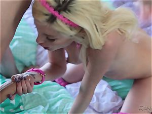 lil' Piper Perri gets a pick up and a super-steamy drilling