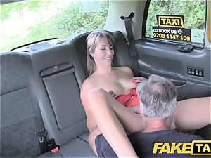 faux cab doll in short sundress gets a cab creampie