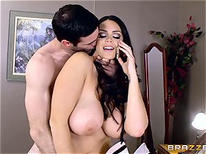 phat breasted Alison Tyler bangs her paramour as she speaks to her boy