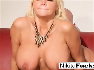 Russian cougar Nikita takes a meaty pecker