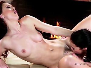 Karlie Montana and Megan Rain amazing facesetting and ejaculation