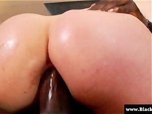Jodi Taylor bi-racial culo plumbing