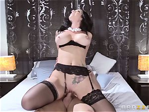 beautiful wife Jayden Jaymes screwed by her scorching spouse