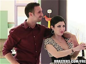 Brazzers - Sativa Rose - pummeling Newlyweds!