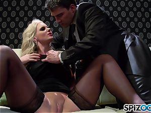 Spizoo - Phoenix Marie get a nice pummel by Tony Ribas
