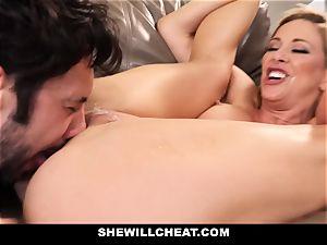 SheWillCheat cuckold wifey Gags on wood