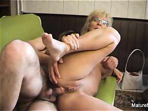 Mature towheaded mega-bitch receives an rectal smashing